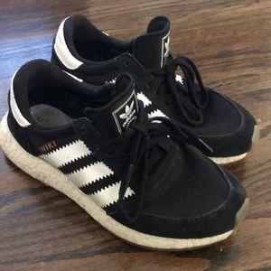 Adidas Iniki 6.5 Black Retro Sneaker Shoe  I-5923